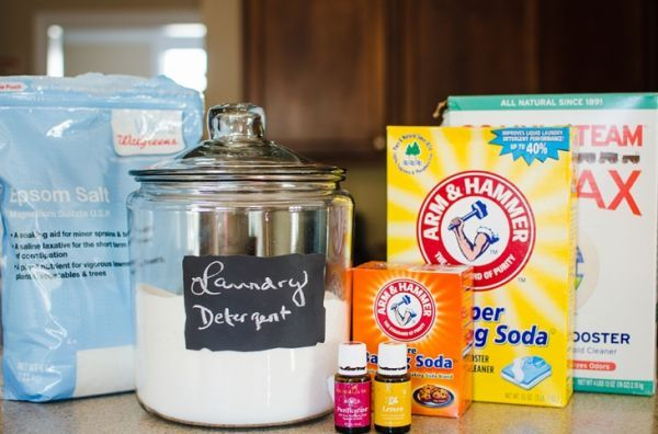 DIY Non-Toxic Powder Laundry Detergent (Cloth Diaper Safe!) with Young Living Essential Oils | Purification and Lemon (1)