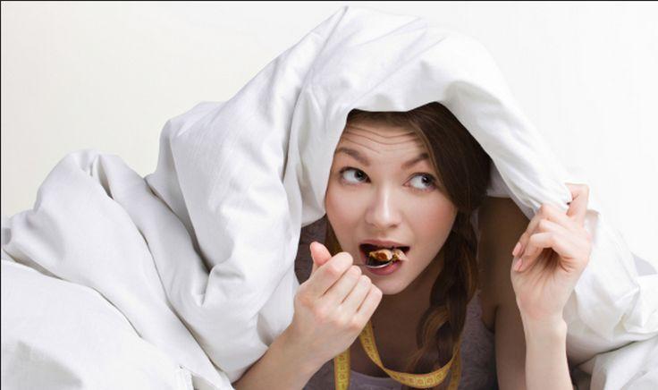 Scoperto il bruciagrassi che funziona nel sonno! Prima di dormire basta bere due cucchiai di...