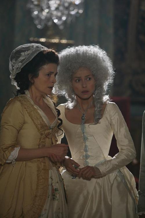 """Marie Antoinette and Madame de Tourzel during the Women's March on Versailles, in """"L'Evasion de Louis XVI""""."""