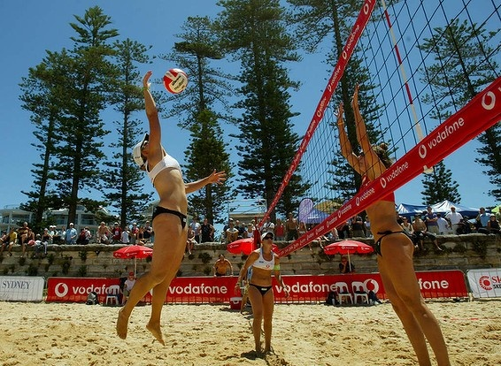 Stacy Kloeden from Australia playing her shot against the team from the USA during the Beach Volleyball Tour at Manly Beach in 2005.