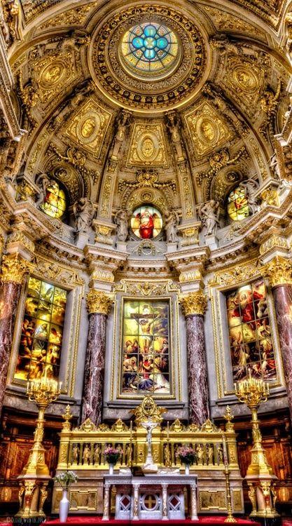 Berliner Dom Interior Source: architecturia