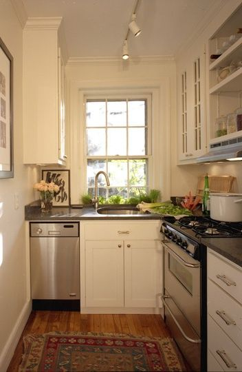 Дизайн интерьера маленькой кухни: ремонт, планировка, фото