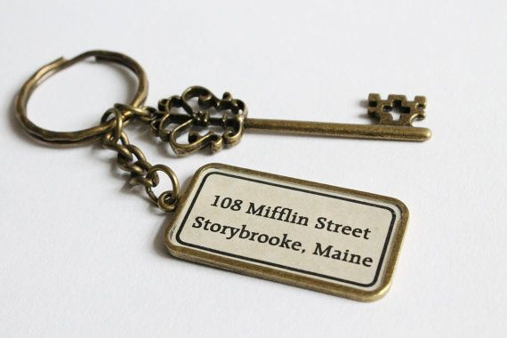 Storybrooke Key Ring Once Upon a Time inspired by CissyPixie, $14,00