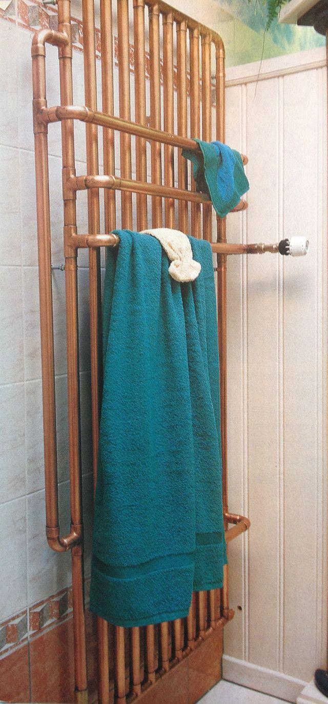 Koper is een mooi materiaal dat je overal in je huis terug kunt laten komen. Maak bijvoorbeeld in de badkamer een koperen radiator.