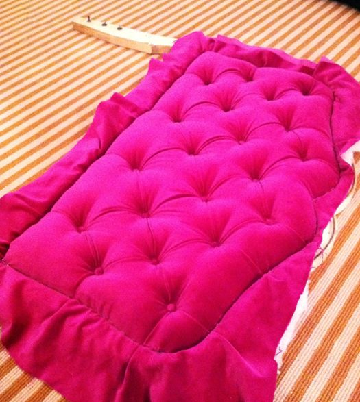 Amazing tutorial on diamond tufting a headboard... Or diamond tufting anything, really.--this is beautiful, but quite a bit of steps. Would be great in Viv's room when she moves into a 'big girl bed'--but I'll be calling Nan Jen to help!! ;)