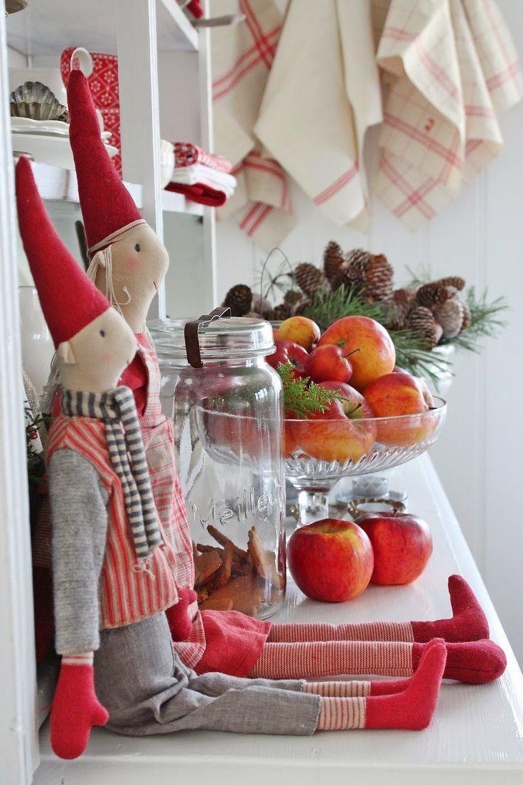 VIBEKE DESIGN: Barndoms rød jul.....