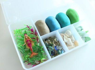 via The Crafty Crow: mermaid playdough kit