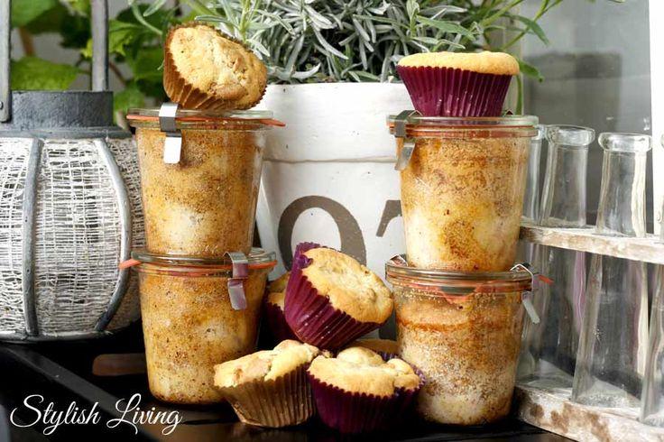 Rhabarber-Amarettini-Kuchen im Glas