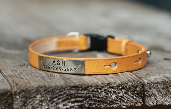 Personalized leather cat collar with safety by MJLeatherwork
