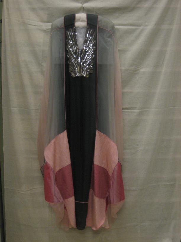 avondjurken jurken avondkleding vrouwenkleding | Modemuze