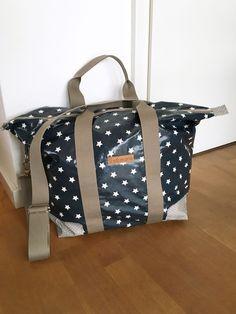 overnightbag sewn in oilcloth - for beginners Übernachtungstasche - Schnittmuster für Wachstuch, Leder oder Stoff Wachstuch Sterne