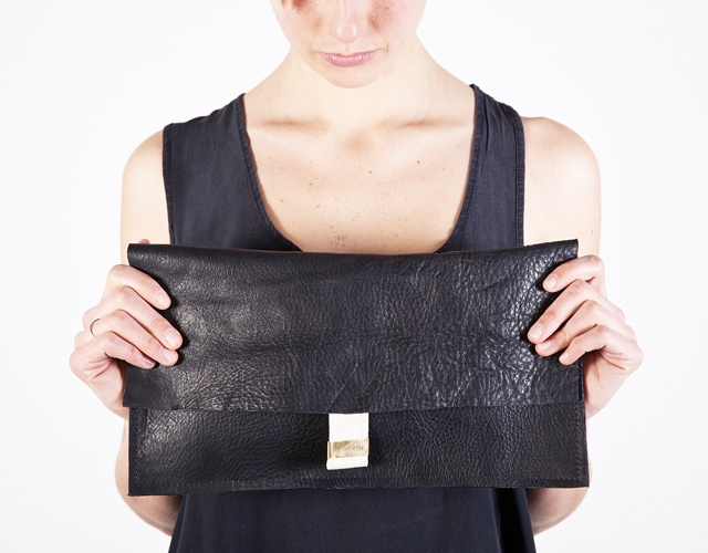 CROCE leather clutch
