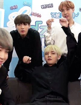 Taehyung just knows how to beat VKook shippers in right places