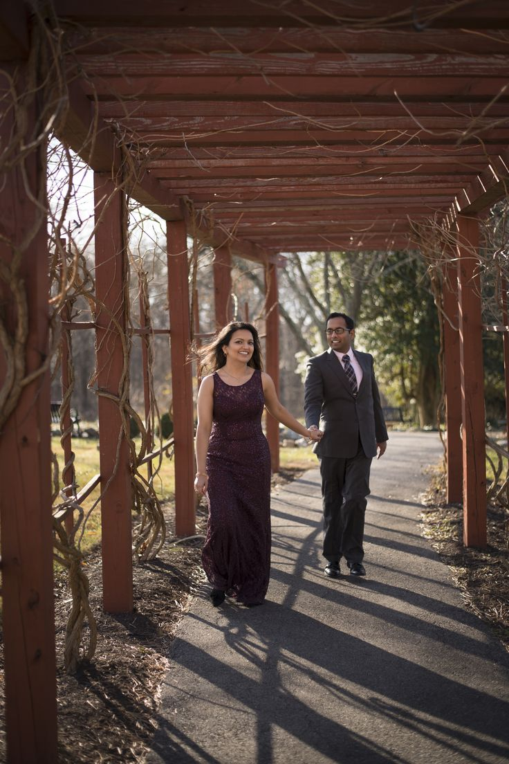 I was freezing while @farhanazharmalik was trying to teach me how to skip properly for the picture because I have issues and don't know how to pose💁🏻♀️Photography: @neuheights #pakistaniweddings #anniversary #love #photoshoot