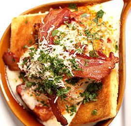 hot brown sandwich - traditional Kentucky derby dinner, from Louisvilles Brown hotel