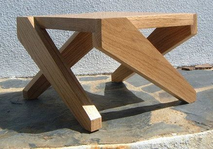 """Nice, """"abstract"""" small oak table"""