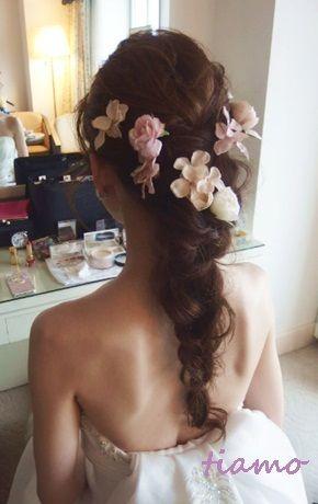和装に合うシニヨン&ドレスに合うゆるアップ♪リハ編 の画像|大人可愛いブライダルヘアメイク『tiamo』の結婚カタログ