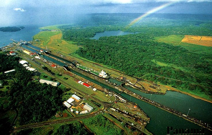 by Roger W CC2 Gatun Lake is an artificial lake in the #Panama Canal. Its area is about 425 km2, the height of the water surface above sea level is 26 m, the total water volume is about 5.2 km3. Out of 81.7 km of the channel length, 32.6 km pass along the Gatuna.