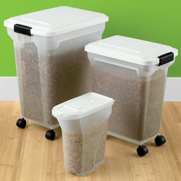 Different sizes of containers for different pets' needs. Keep their food clean, organized and protected with these containers. #organizing