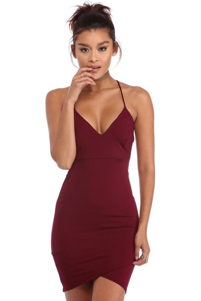 b94ba54a70c9 Sheath Burgundy Straps Deep V-neck Mini Short Homecoming Dresses in ...