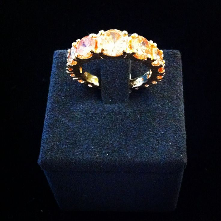 Diamanti fancy colour gialli