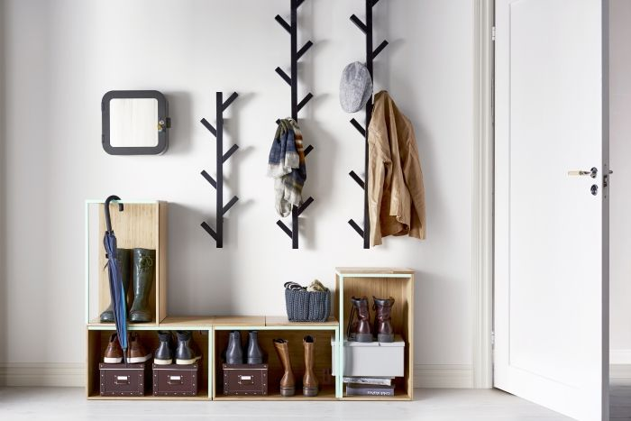 Cube storage is easy to move around according to your changing needs. And who ever said that coat hooks are boring!