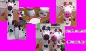 vaches réalisées avec des bouteilles PET.