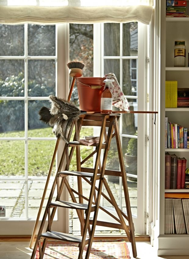 Det er blevet tid til forårsrengøring, også for dine vinduer. Her får du fem tips til de smukkeste vinduer.