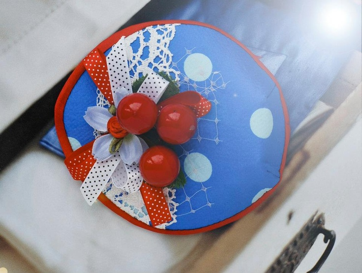 Hand made Fascinator by ZZV: katerina sai  sold