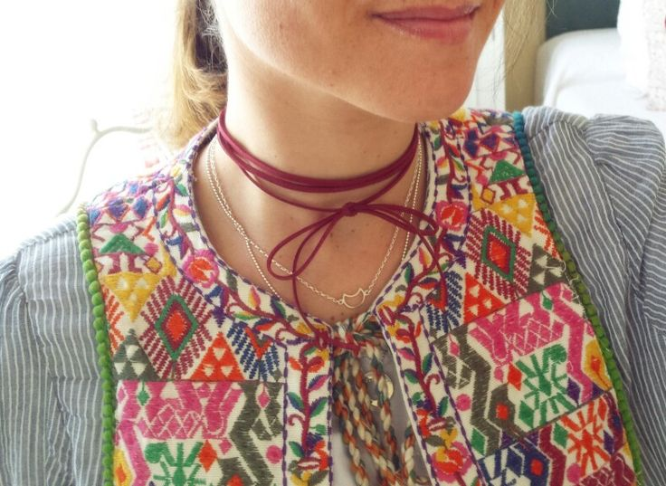 Moon necklace +burgundy choker