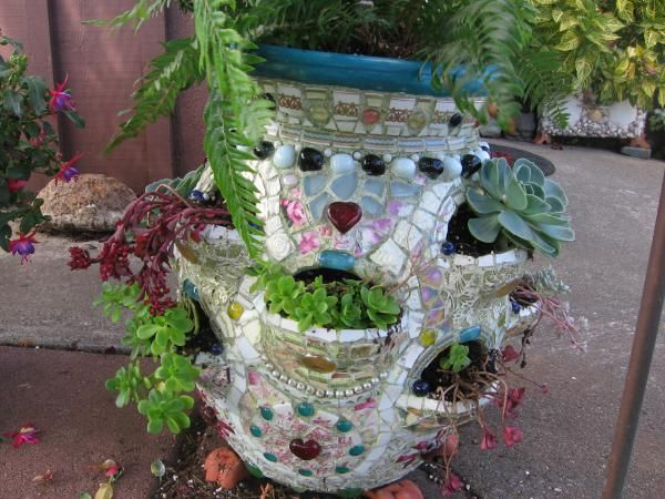 Mosaic Strawberry Pot Cheri Griffith Brookings, OR