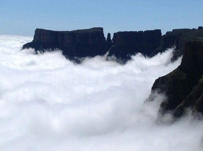 The Devils Tooth #DrakesbergMountain  23-28 October (Expedition Hike) Www.masupatsela-adventures.weebly.com