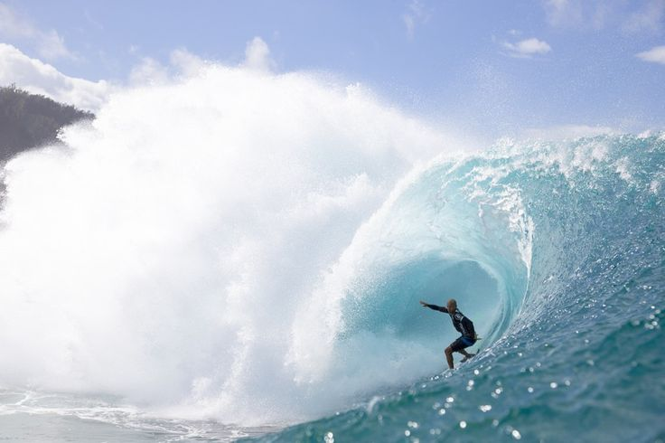 The King of Pipeline, Kelly Slater: Master of the Masters.