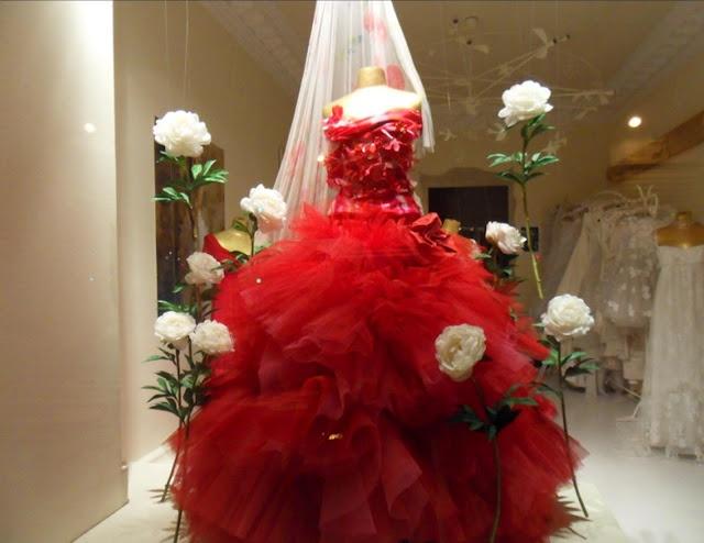 Noiva de vermelho?