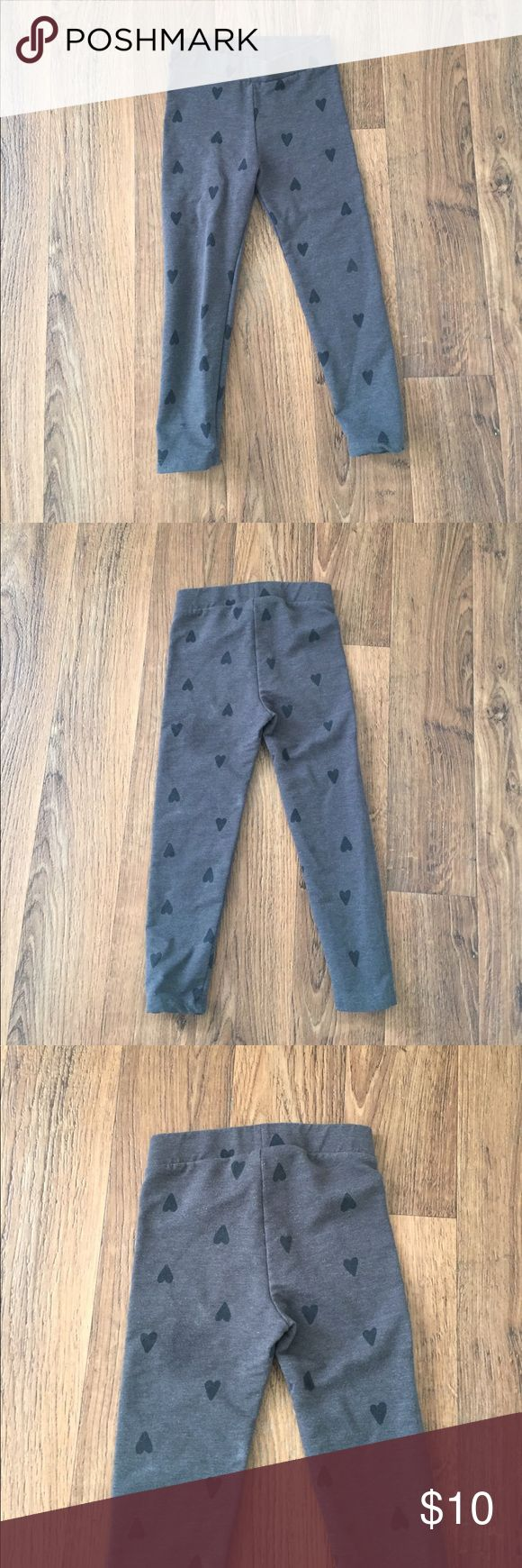 EUC • H&M • Grey Leggings With Black Hearts • 3-4Y Great condition • Kids h&M Leggings • bundle discount offered H&M Bottoms Leggings