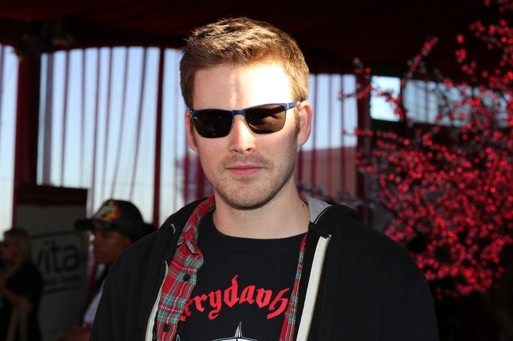 Zach Cregger keeps it cool in his shades complete with Crizal UV lenses