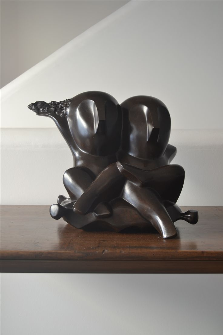 Bronze O. Kinart available with In Tempo