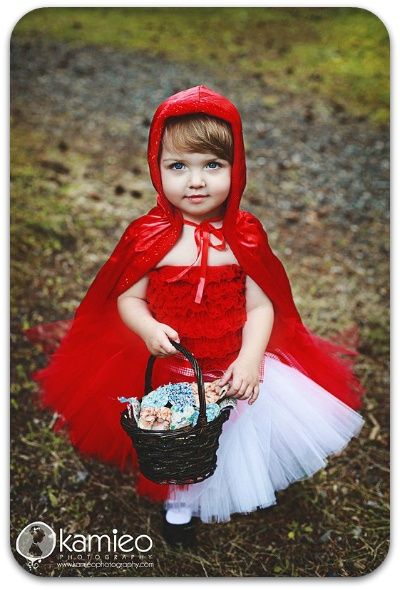 Little Red Riding Hood Tutu Costume Set. Can any one say Elani's halloween costume?