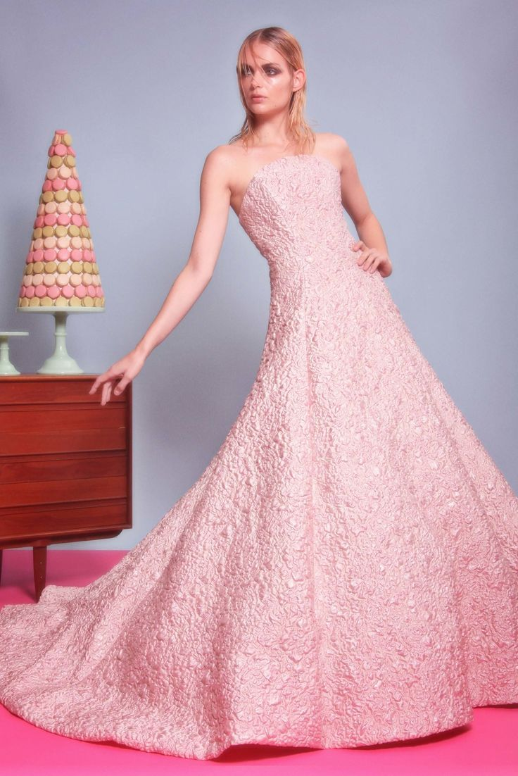 Magnífico Vestido De Novia Siriano Cristiano Ideas Ornamento ...