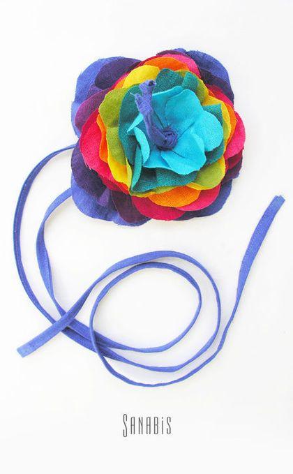Купить или заказать Платье-сарафан из льна в интернет-магазине на Ярмарке Мастеров. Яркие платья-сарафаны из льна. Для дам любого возраста. Пояс с цветком (он же украшение для волос) можно заказать отдельно - 1100…