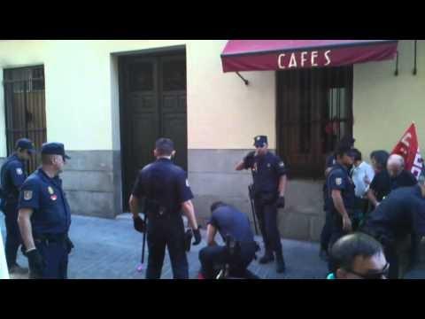 """Detencion por pancarta #25S """"Rodea el Congreso"""""""