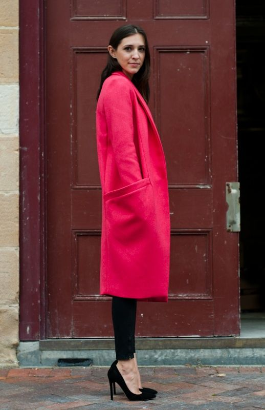 Neon winter coat: Street Fashion, Statement Coats, Pink Coats, Color, Street Style, Fall, Red Coats, Coats Pockets, Black Pants