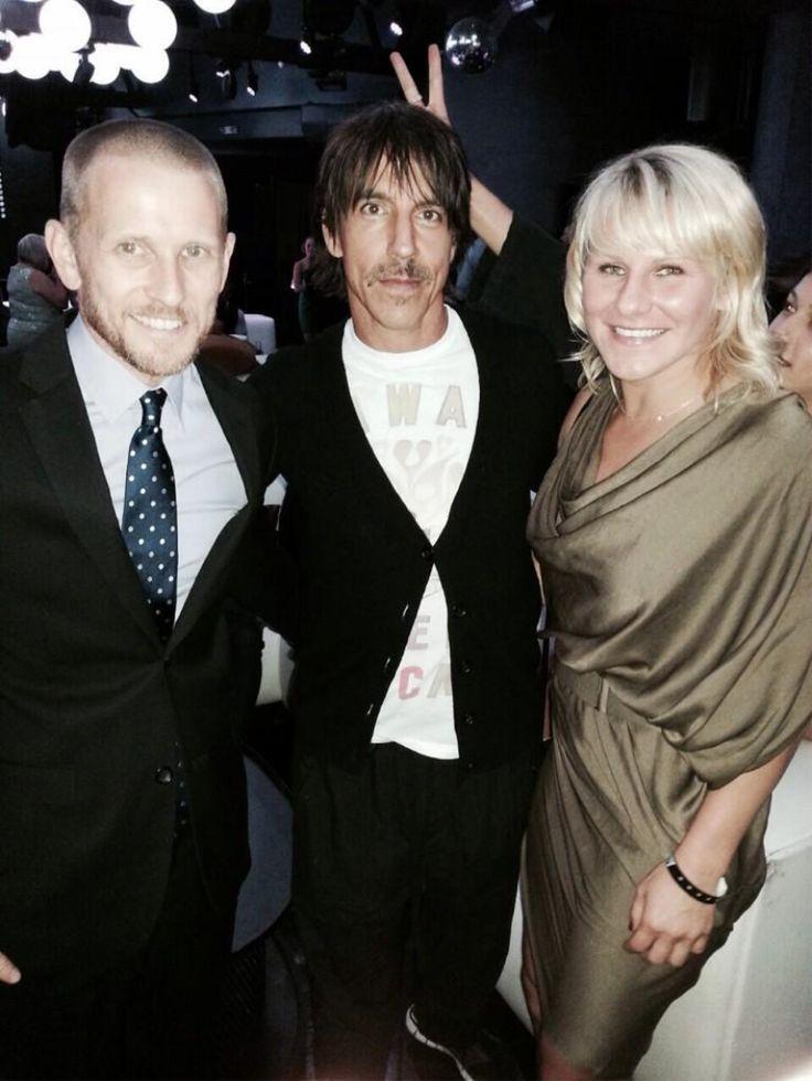 Justine Kish with Anthony Kiedis  #RedHotChiliPeppers  #TUF20  #premiere  #Sqor