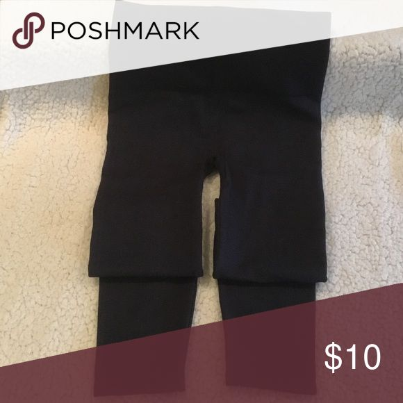 """Spanx """"Look At Me Leggings """" """"Look At Me Leggings """"Dark Denim Navy. Never Worn . Runs small . These are L,however I feel they are M. SPANX Pants Leggings"""