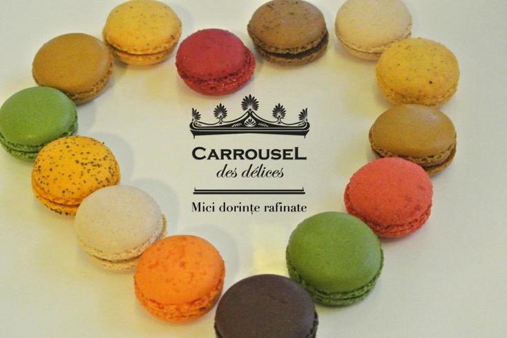 Macarons plini de dragoste de la Carrousel.