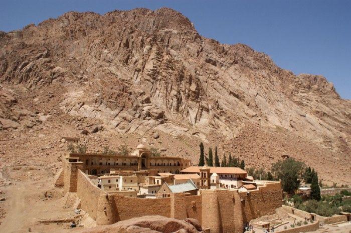Monastère Sainte-Catherine au pied du mont Sinaï