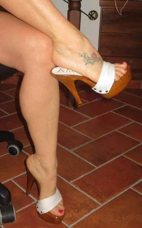 Nice Legs leading down to some Nice Toes #highheelswedge #highheelsstockings