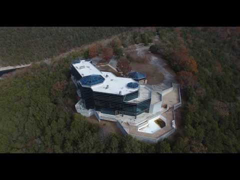 Fantastic The Glass House On Table Rock Lake Youtube Mansions On Download Free Architecture Designs Embacsunscenecom