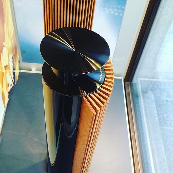The new black #beolab18 beautifully captured by @bangolufsen_lugano ・・・ The new BEOLAB 18 Black Edition! #bangolufsen #bangolufsenlugano #beolugano #beolab #beolab18 #black #lugano #newcollection