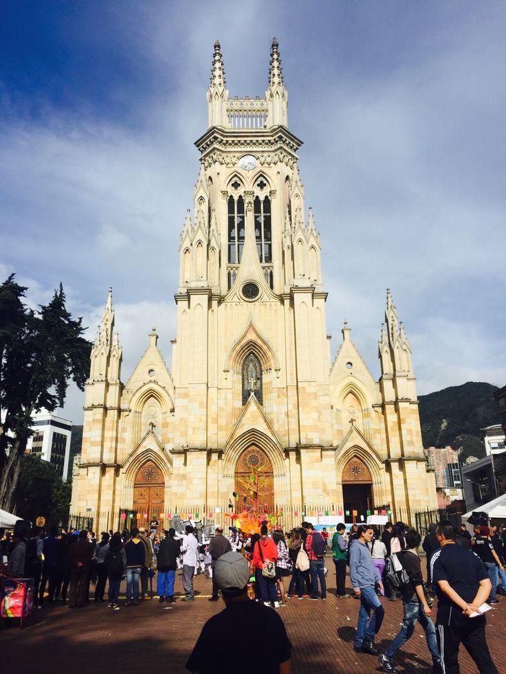 JG EA Arquitectura — Iglesia de Nuestra Señora de Lourdes (Bogotá) .   ...